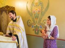 Фотосъемка Таинства Крещения в Санкт-Петербурге в Храме Успения Богородицы