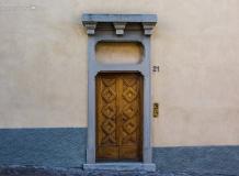 Двери Бергамо Италия