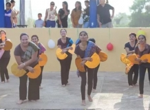 Заводной танец от филиппинок