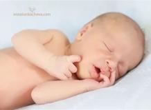 Новорожденный мальчик