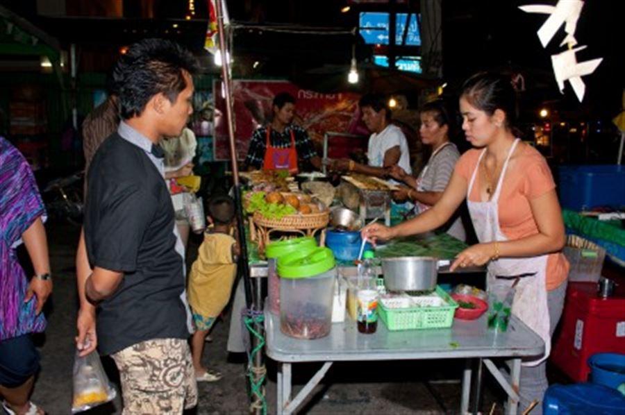Ночной рынок в Хуа Хине
