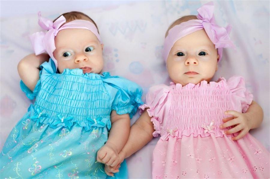 Мы - двойняшки, куклы-неваляшки )