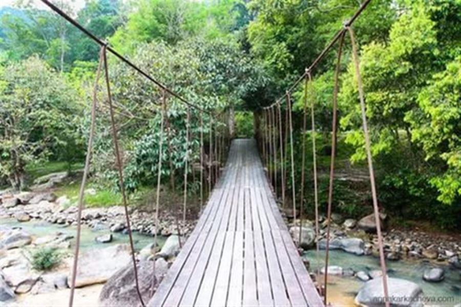 Навесной мост в Ранонге