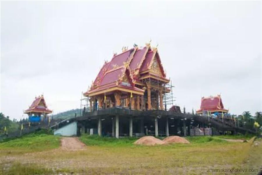 Храм у подножия Grass Hill