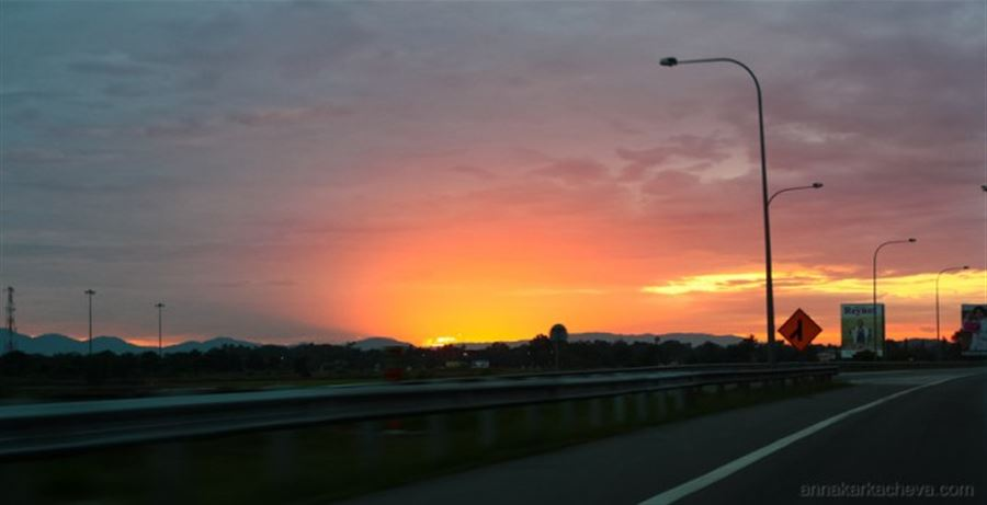 Закат на подъезде к Пенангу