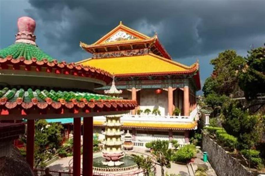 В комплексе Kek Lok Si
