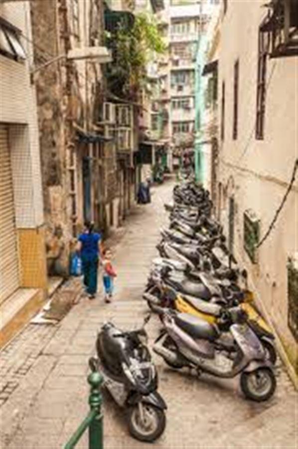 Улочка старого Макао