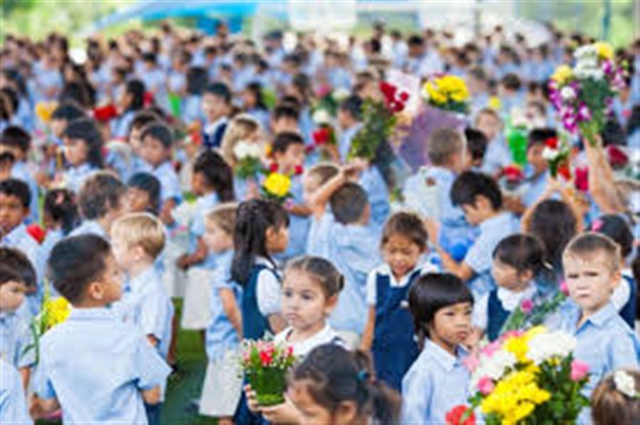 Wai Kru at Head Start School