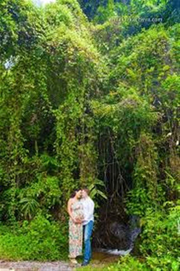 Съемка пары в джунглях