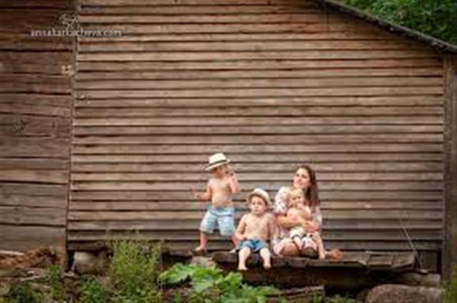 Семья с тремя сыновьями
