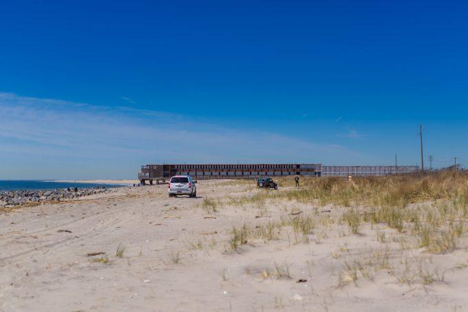 Штраф за езду по пляжам в Америке