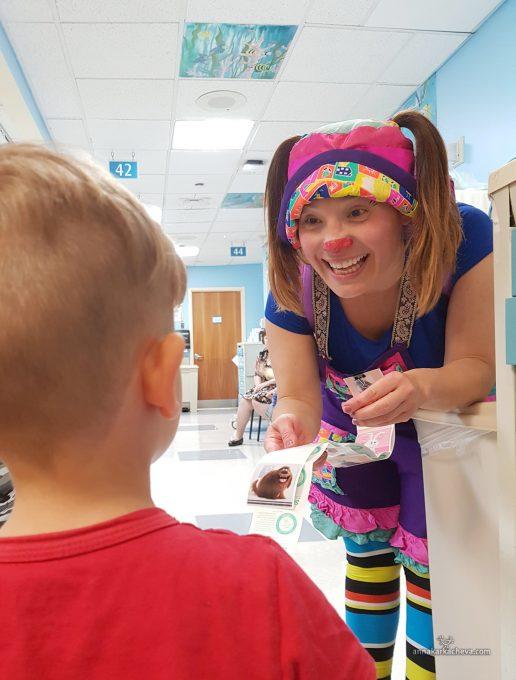 Клоуны в детской больнице Нью Йорка