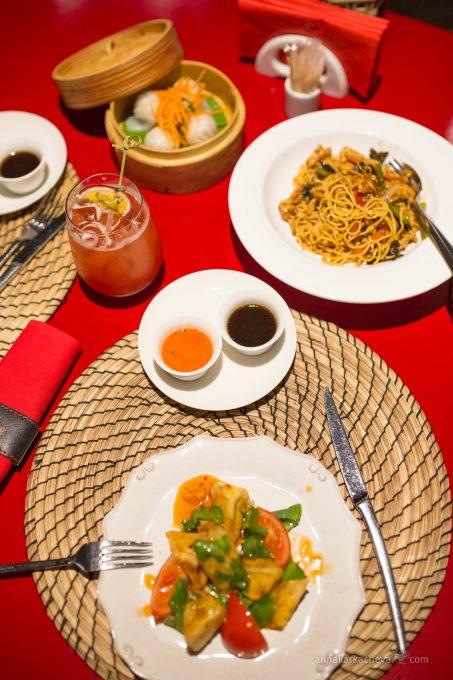 Обед в Китайская Грамота