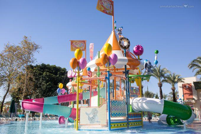 Детская аква зона в отеле Ic Green Palace Kundu