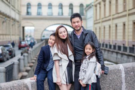 Семейная фотосессия на Зимней канавке